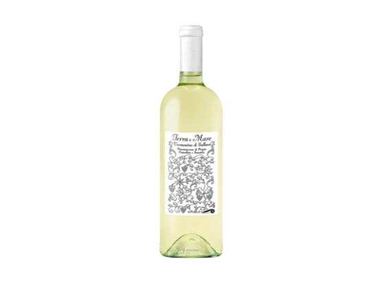 TERRA E MARE Az.Vinicola, Un mare di vino